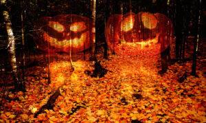 Halloween-Scary-Wood-2