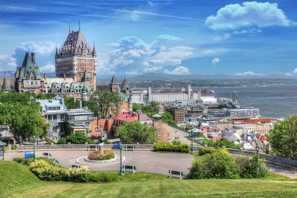 Old-Quebec-City-District-in-Summer